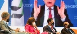 Un moment de la taula on ha participat el titular de Presidència, Economia i Empresa, Jordi Gallardo.