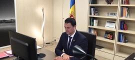 El ministre de Presidència, Economia i Empresa, Jordi Gallardo, durant la trobada.