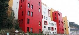 L'edifici dels pisos de Jovial.