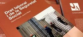 Portada del nou manual sobre dret laboral i de la seguretat social.