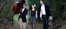 Landry Riba, Carina Ventura i Hèctor Péwrez són Love It.