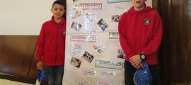 Els alumnes del María Moliner recullen al premi a Madrid.