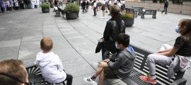 L'assaig de primera hora de la tarda, a l'esplanada davant de l'hospital Nostra Senyora de Meritxell.