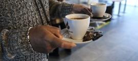El Govern augmentarà els controls per verificar si bars i restaurants compleixen les mesures vigents.