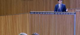 El ministre de Finances, Jordi Cinca, va defensar la darrera actualització del marc pressupostari per al mandat 2016-2019.