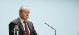 El titular de Justícia i Interior, Josep Maria Rossell, en la compareixença d'ahir posterior al consell de ministres.