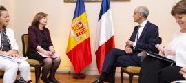 Nathalie Loiseau, ministra d'Afers Europeus, i el cap de Govern, Antoni Martí, es van reunir ahir a París.
