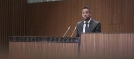 El socialdemòcrata Pere López va estendre la mà a la cambra per canviar el model de país a partir de la transició ecològica.