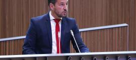 El candidat a cap de Govern del PS, Pere López, en un moment del seu discurs en el debat d'investidura ahir al Consell General.