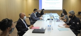 Un moment de la reunió del consell econòmic i social al Centre de Congressos, ahir al matí.