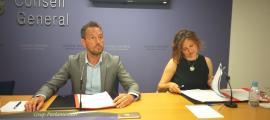 Els parlamentaris socialdemòcrates Pere López i Rosa Gili van presentar ahir la proposició per modificar la Llei del FRJ.