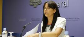 La subsíndica, Mònica Bonell, en la compareixença posterior a la reunió de la junta de presidents, ahir.