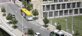 Un autobús que realitza la línia de transport públic de Sant Julià de Lòria.