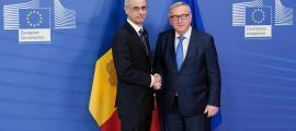 El cap de Govern, Antoni Martí, i el president de la Comissió Europea, Jean-Claude Juncker, ahir a Brussel·les.