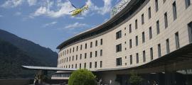 El decret preveu dues línies d'accés per als helicòpters al centre hospitalari.
