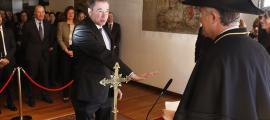 Un moment del jurament de Joan Manel Abril com a nou magistrat del TC.