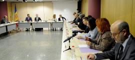 Els participants en la Comissió nacional d'habitatge celebrada dimarts.