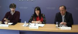 Carles Enseñat, Mònica Bonell i David Claverol en la presentació d'ahir.