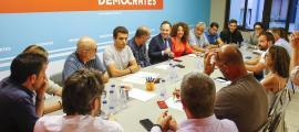 Un moment de la primera reunió de la nova executiva demòcrata.