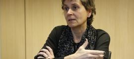 La primera secretària del PS, Susanna Vela, denuncia que s'ha convidat treballadors públics a la presentació de la candidatura.