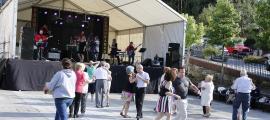 L'orquestra Sabor Sabor ja va amenitzar el ball de tarda l'any passat a la Massana.