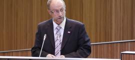 Naudi pregunta a l'executiu per la lluita contra l'intrusisme