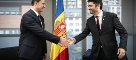 El ministre de Presidència, Economia i Empresa, Jordi Gallardo, ha rebut el vicepresident català, Jordi Puigneró.