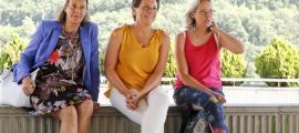 Emi Matarrodona amb les noves incorporacions, M. Teresa Alvarado i Laura Fabregat.