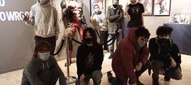 Visita del Grup Jove a l'exposició 'Superherois' al CAEE, el mes de gener passat.