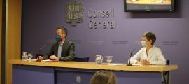 Els consellers generals socialdemòcrates Pere López i Susanna Vela en la compareixença d'ahir.