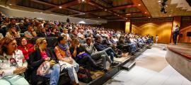 Un moment de la reunió de poble sobre el futur del Prat Gran, ahir.