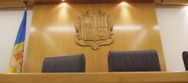 El processat haurà d'indemnitzar el perjudicat amb 700 euros.
