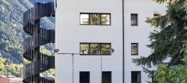 L'edifici on s'ubicarà el centre residencial d'educació intensiva (CREI).