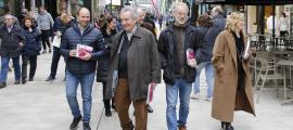 Els candidats de Progressistes-SDP ahir a l'avinguda Meritxell.
