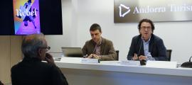 El director de producte i nous projectes d'Andorra Turisme, Enric Torres, i el director general d'Andorra Turisme, Betim Budzaku, presenten les novetats del Cirque du Soleil.