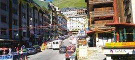 Imatge d'arxiu del carrer Sant Jordi, al Pas.