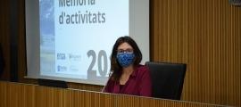 La directora de l'AQUA, Marta Fonolleda, durant la compareixenca davant la comissió legislativa d'Educació.