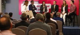 Un moment de la taula rodona que va cloure la Jornada Empresa d'Andorra Telecom.
