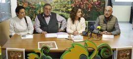 Coma, Verdaguer, Teruel i Módico en la presentació del maridatge solidari, ahir.
