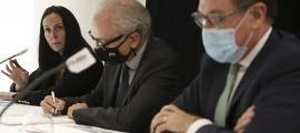 Olga Molné, Francesc Camp i Xavier Cornella el dia que es va anunciar el preacord.