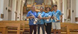 Els components de Brillant Magnus Quintet ahir a l'església de Sant Esteve, després de l'assaig del concert.