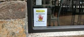 Un cartell de suport a la campanya contra la instal·lació de l'ETR a la Gonarda.