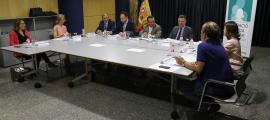 El patronat d'honor de la Fundació Privada Tutelar es va reunir ahir al matí a l'edifici administratiu del Govern.