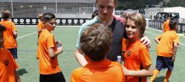 Gómez amb els joves del Nike Camp.