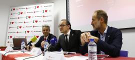 Jordi Fernández, Josep Pol i David Fraissinet van presentar la 'Memòria 2018' de la Creu Roja Andorra a la seu social.