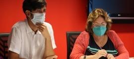 Els consellers de la minoria comunal, Sergi González i Dolors Carmona.