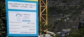 Imatge del cartell de les obres del dipòsit de la Plana.