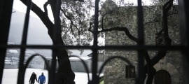 Casa de la Vall, un dels monuments de la candidatura de la construcció del Coprincipat que no té entorn definitiu.