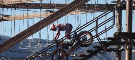 Toni Bou, campió del món, grava a Naturlàndia