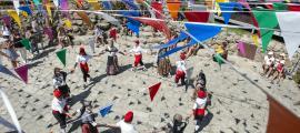 Marsol valora la participació a la festa major de Santa ColomaEl ball del Contrapàs va tenir lloc a la plaça del Poble, després de la missa solemne.